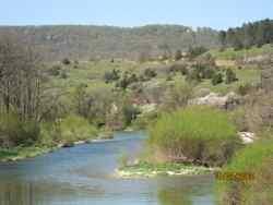 La vallée de l'Ain avant d'arriver à Doucier